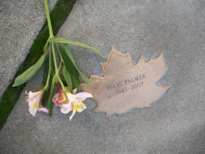 Leaf of Remembrance for Isaac Palmer 1945-2007